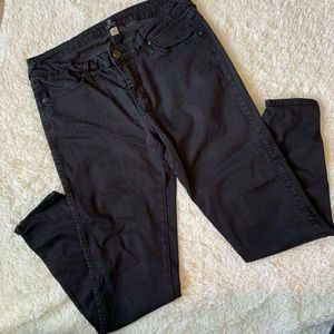 Black stretchy ankle jeans from Just Black